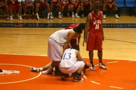 """Here is Al Hussaini's """"faking a foul"""" call. he got teed up for his one. Later Garvo Lanete got the same call called against him. """"Faking a foul?"""" Only in the Philippines....."""