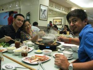 Migs, mom and me, attack the hot pot!!!
