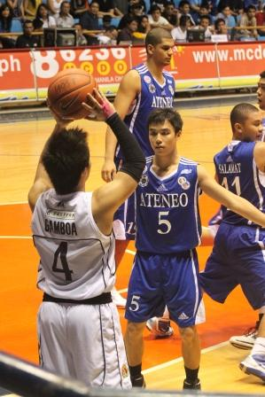 Jai Reyes, here defending Mike Gamboa, had 6 triples in the game
